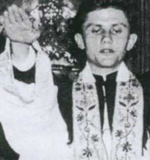 Pope Benedict Nazi salute